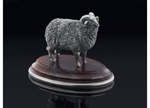 Серебрянная статуэтка Баран