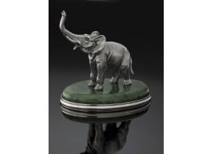 Серебрянная статуэтка Слон